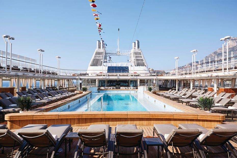 silversea-ship-silver-muse-public-area-pool-deck-and-jacuzzi-area-1